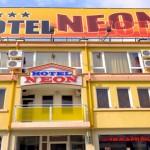 hotel_shumen_neon_2
